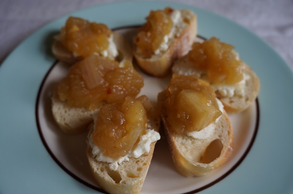 Apple Chutney bites