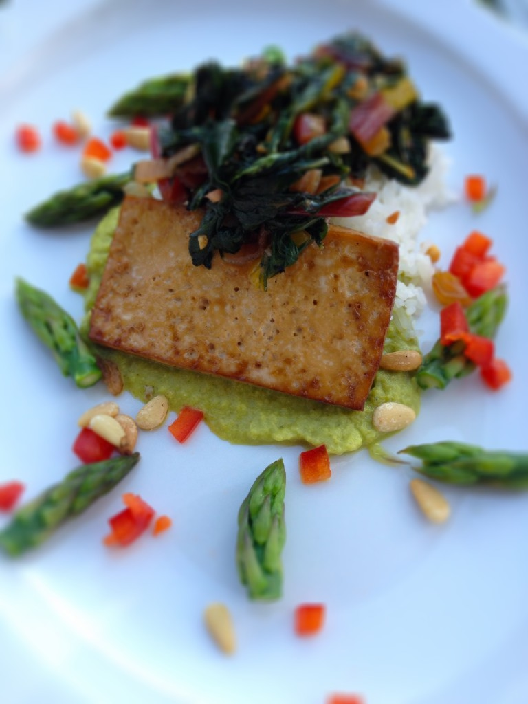 Baked tofu with asparagus sauce