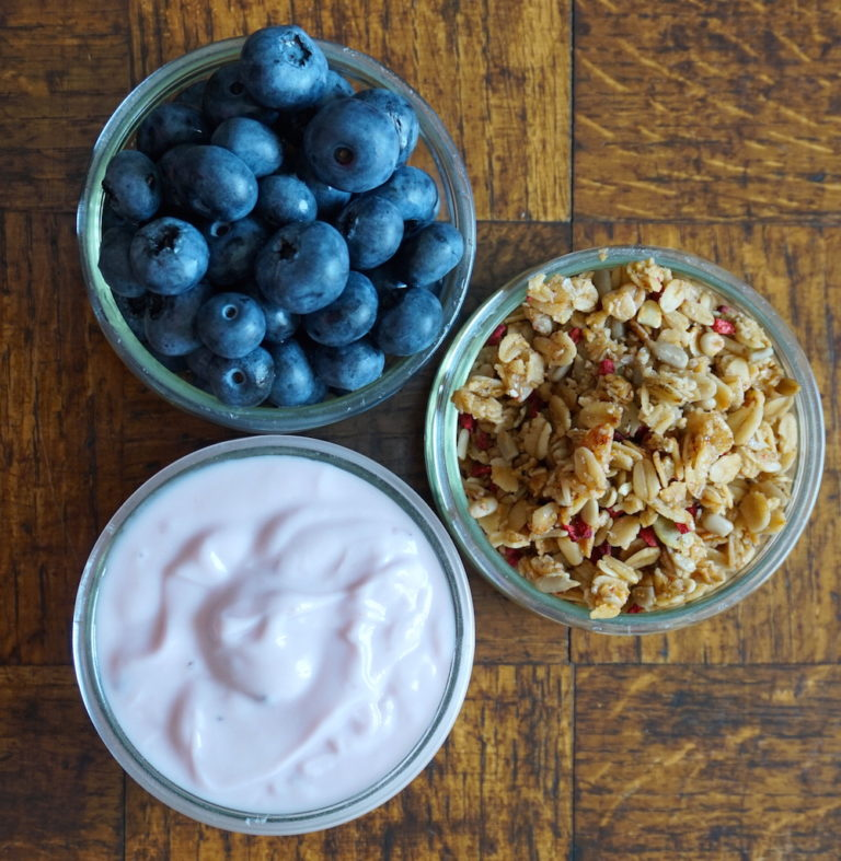Yogurt-Granola-SM