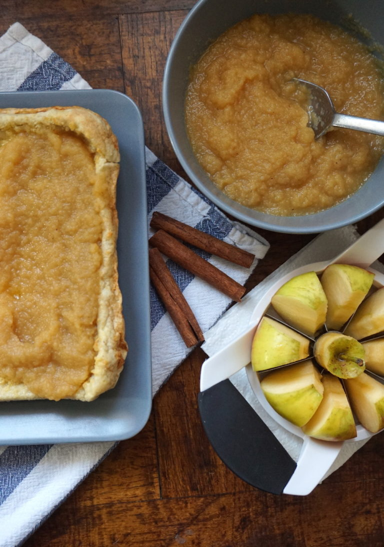 German Pancakes With Applesauce Wolff S Apple House