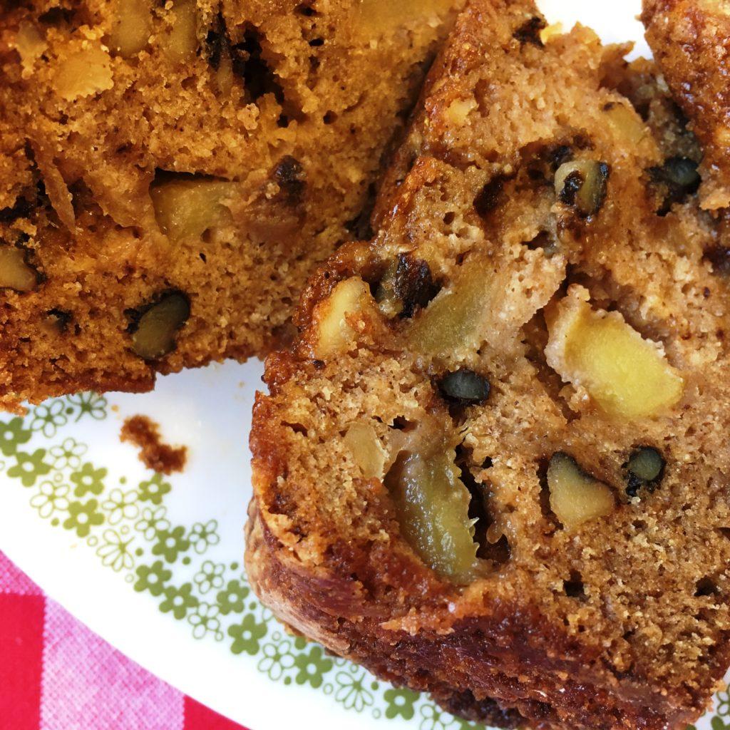 apple-boubon-cake