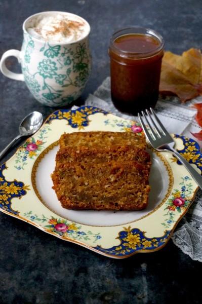 pumpkin-bread-and-latte