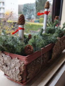 Christmas Decorating New Use For Your Old Artificial Christmas Tree